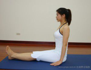 直腿前彎式(瑜珈動作圖解-瑜珈教學22-腿部曲線)