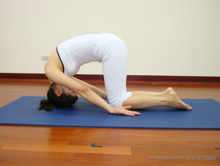 瑜珈教學23-頸部曲線-兔式