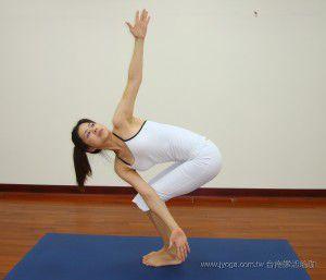 瑜珈教學51-腰臀、腿部雕塑-扭轉祈禱式