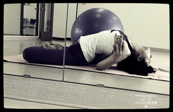 JYOGA樂活瑜珈-魚式變化