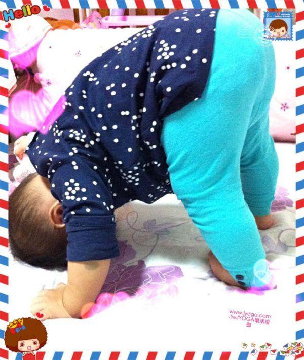 JYOGA樂活瑜珈-baby下犬式