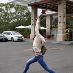 瑜珈教學42 手、腿雕塑-英雄式一
