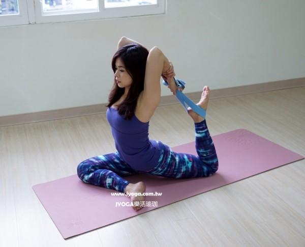 台南JYOGA樂活瑜珈-瑜珈教學-Eka Pada Rajakapotasana