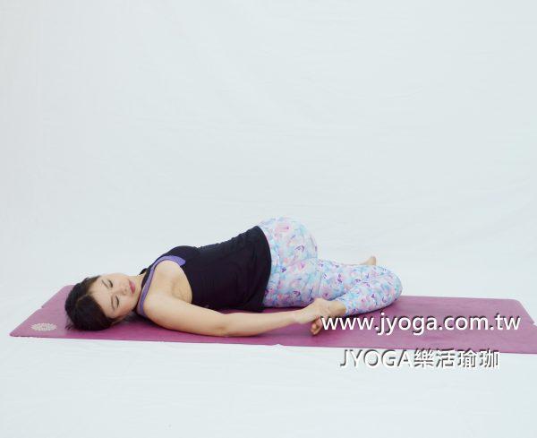 台南JYOGA樂活瑜珈-瑜珈教學-扭轉